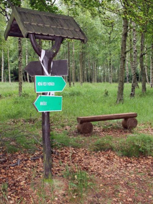 Cyklostezka Nová Ves - Mníšek